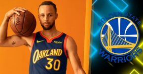 Stephen Curry Oakland Jersey With Golden State Warriors Backdrop