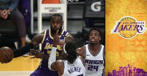 Lebron James Vs Kings With Lakers Baclground